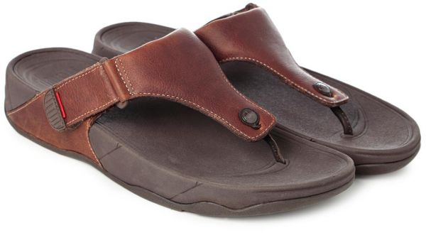 fd7623efd19c FitFlop Brown Thong Sandal For Men