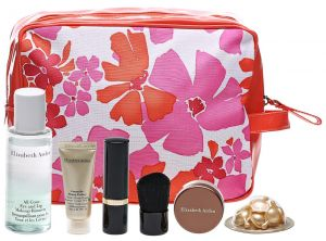 2c252bcb4325 Elizabeth Arden 7-Peice Beauty Gift Set with Floral Pouch