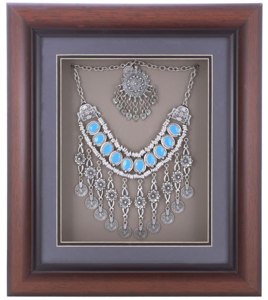 Pch Turkey Necklace Wooden Glass Frame 135 X 16 X 2 Inch Wm 76