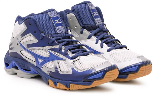72a6674b19 Buy Mizuno White Table Tennis Shoe For Men in UAE