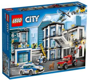 Sale On Lego Lego City Garage Legoscholasticturtleback Books