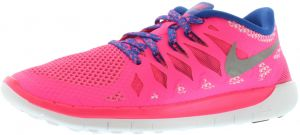 newest e92cc 9f31c Nike Free 5.0 Gradeschool Running Shoes for Girls, Hyper Pink Metallic  Silver Game Royal Blue