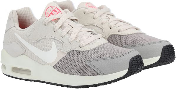 Sneakers femme WMNS Air Max Guile W Nike