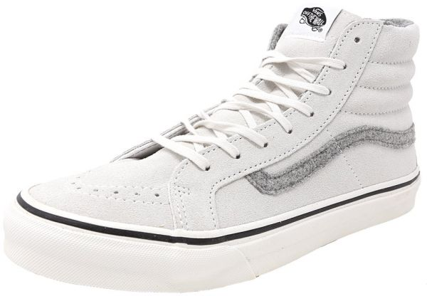 21597165a192 Buy Vans White Fashion Sneakers For Women in Saudi Arabia