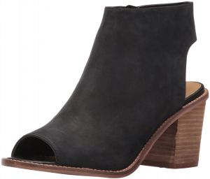 dd78a3933ca Chinese Laundry Women s Calvin Ankle Bootie