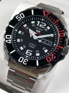 Srpa07j Seiko 5 Sports Automatic 24 Jewels Calendar 100m Water Resistant Black Dial Stainless Steel Silver