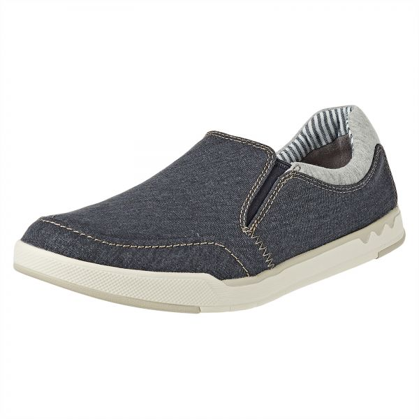 424150276c309 Clarks Step Isle Slip Casual Shoe For Men