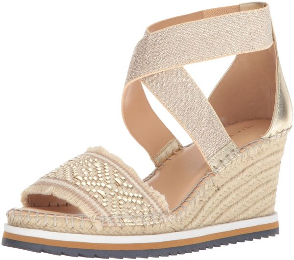a5e864d21fa Tommy Hilfiger Women s Yemina Espadrille Wedge Sandal