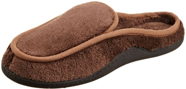 6b9b50a8d8e ISOTONER Men s Terry Slip On Clog Slipper with Memory Foam for Indoor  Outdoor Comfort