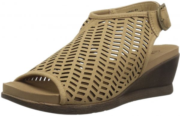 6872ab5f8a54e Buy BEARPAW Women s Roxie Sandal