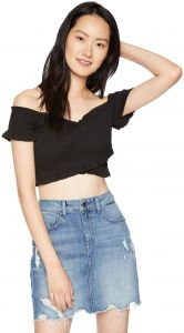 6cbca469ba93 ASTR the label Women s Off The Shoulder Smocked Stretchy Crop TOP