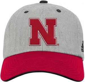 brand new 5a339 94da2 NCAA Nevada Wolfpack Youth Boys Chain Stitch Slouch Hat with Logo, One Size,  University Red