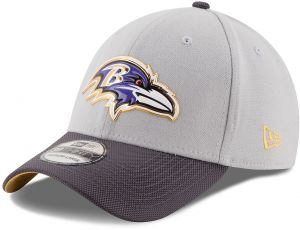 d636d19ffd1 NFL Baltimore Ravens Gold Collection 39THIRTY Stretch Fit Cap
