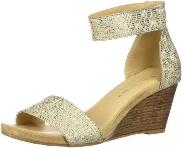 fa7a62d58 CL by Chinese Laundry Women s Hot Zone Wedge Sandal