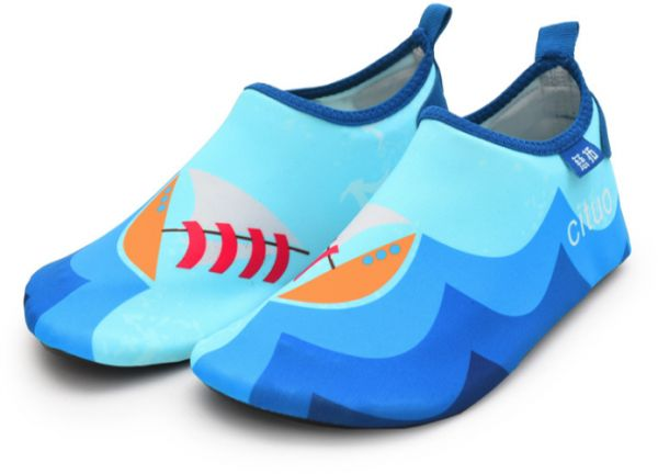 a949d8e59cfc8 Amazon Swimming Shoes Cartoon Cute Comfortable Breathable Snorkeling Shoes  Boys And Girls Upstream River Shoes Wading Shoes Diving Snorkeling Shoes ...